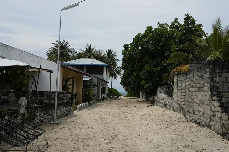 обратная сторона райских островов